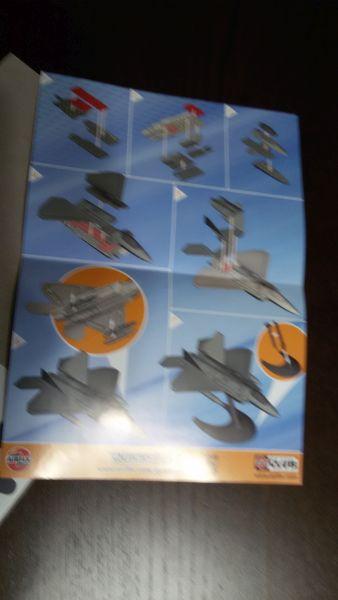 Airfix J6005- Quick Build F22 Raptor- LEGO von Airfix! Ttoysti8