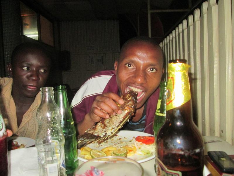 Urlaub 2015 Uganda Vq7manpm