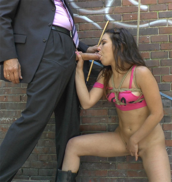 Public Disgrace - Steve Holmes, Juliette March - Juliette March is Fucked In Public [HD]